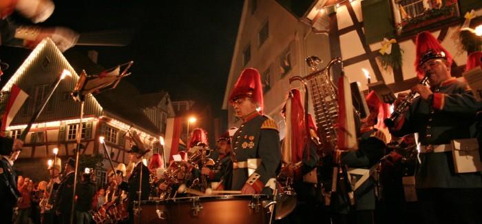 9.November – Kleiner Zapfenstreich