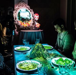 29.02. – Dinner Time Stories | Bankett von Hoshena