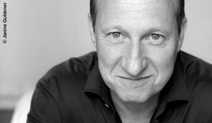 """Mike Maas liest aus """"Judengold"""""""